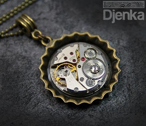 wisior steampunk industrial z zegarka Djenka